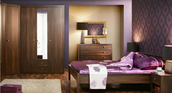 Cat Warna Ungu untuk Interior Kamar Tidur