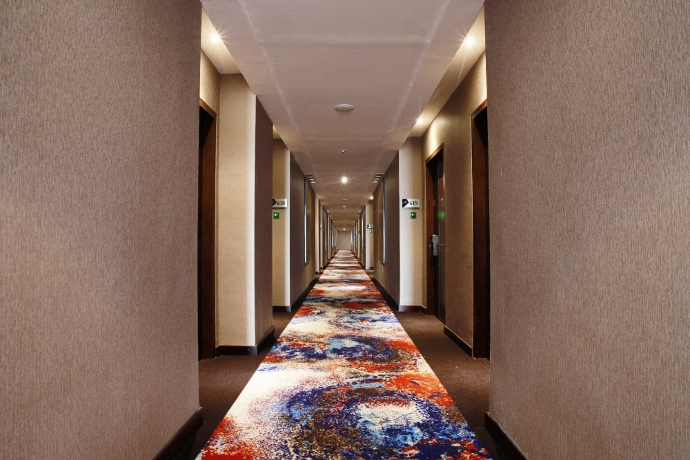 Lorong Kamar Hotel Grand Karlita