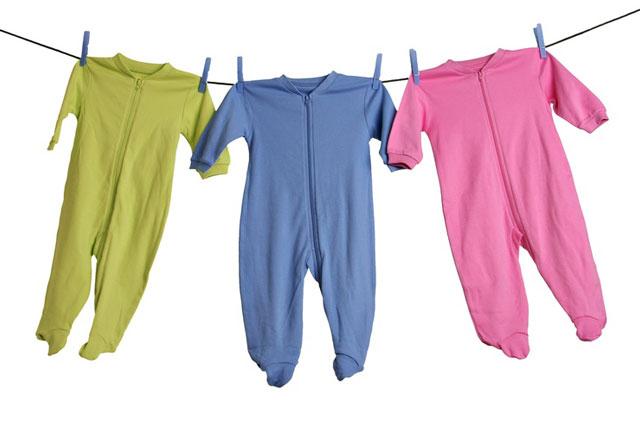 Mencuci Pakaian Bayi Saat Berpuasa